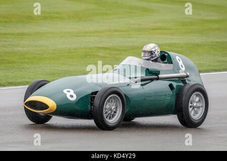 1957 Vanwall Formula 1 car at the 2017 Goodwood Revival, Sussex, UK. - Stock Photo