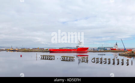 VOLSTAD SUPPLIER, an offshore tug / supply ship, moored in the Firth of Forth, Leith,  Edinburgh, Scotland, United - Stock Photo