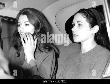 Photo Must Be Credited ©Alpha Press 050000 06/09/1963 The Profumo Affair. Miss Christine Keeler charged with Perjury. - Stock Photo