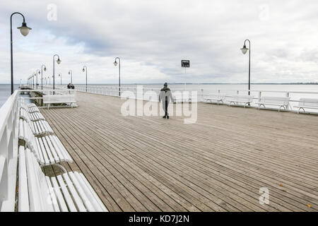 Gdynia, Poland. 10th Oct, 2017. The Orlowo Pier (Molo w Orlowie) where new CCTV camera will be installed is seen - Stock Photo