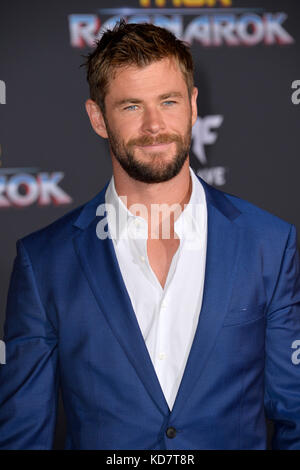 Los Angeles, USA. 10th Oct, 2017. Chris Hemsworth at the premiere for 'Thor: Ragnarok' at the El Capitan Theatre - Stock Photo