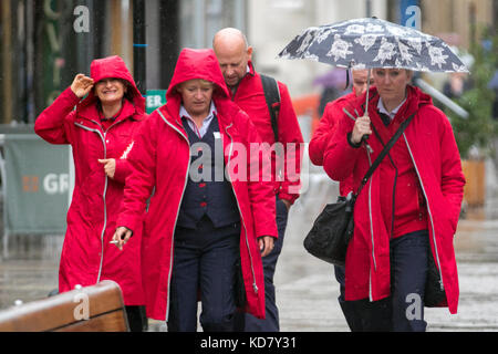 Preston, Lancashire. UK Weather. 11th Oct, 2011. Rainy day in Preston city centre as heavy and persistent rain is - Stock Photo