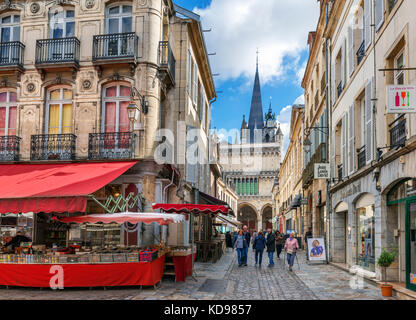 Shops on Rue de la Musette looking towards the Church of Notre Dame, Dijon, Cote-d'Or, Burgundy, France - Stock Photo