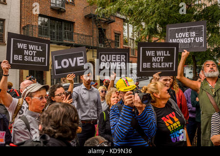 New York, United States. 11th Oct, 2017. The dedication ceremony of the LGBTQ Rainbow Freedom Flag at The Stonewall - Stock Photo