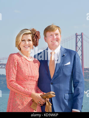 Lisbon, Portugal. 11th Oct, 2017. King Willem-Alexander and Queen Máxima of The Netherlands in Lisbon, on October - Stock Photo