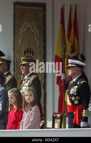 Madrid, Spain. 12th Oct, 2017. Kings of Spain, Felipe VI and Letizia Ortiz and their daughters princesses Leonor - Stock Photo