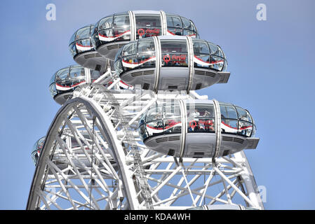 London, UK. 12th Oct, 2017. UK Weather - fine weather brings tourists to the London Eye, one of the capital's iconic - Stock Photo