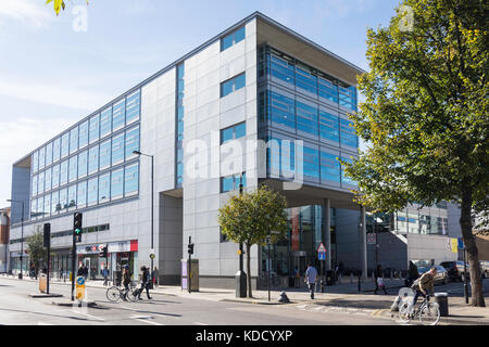 Hackney Museum, Technology, Learning Centre and Library, Mare Street, Hackney Central, Borough of Hackney, Greater - Stock Photo