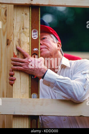 Former President Jimmy Carter works on Habitat for Humanity house in Atlanta, Georgia. Carter is a founding board - Stock Photo