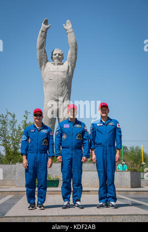 NASA International Space Station Expedition 52 Soyuz MS-05 backup crew members (L-R) American astronaut Mark Vande - Stock Photo