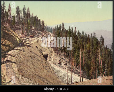 Loop and tunnels, Siskiyou Mountains, California LCCN2008678189 - Stock Photo