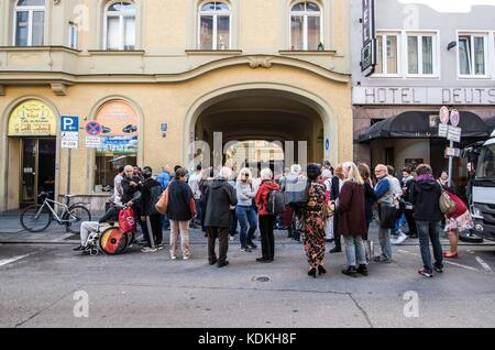 Munich, Bavaria, Germany. 14th Oct, 2017. Despite lengthy battles, the so-called Stolpersteine ('Stumbling Blocks'') - Stock Photo