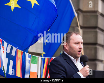 Edinburgh, UK - Oct 14, 2017: Ian Murray, Labour Party MP for Edinburgh South is pictured as he talks to Pro EU - Stock Photo