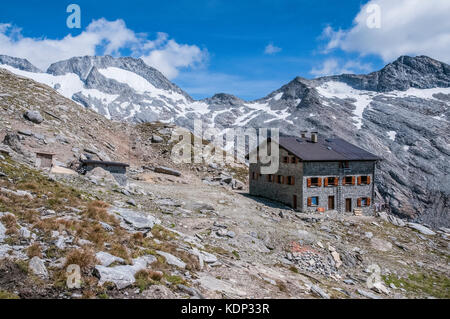The  Hochfeiler Hut mountain refuge in the Zillertal Alps of the Sud Tirol - Stock Photo