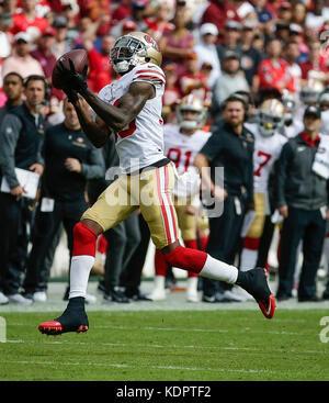 Landover, MD, USA. 15th Oct, 2017. San Francisco 49ers CB #33 Rashard Robinson intercepts the ball during a NFL - Stock Photo