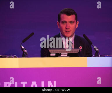 London, UK. 15th Oct, 2017. Paul Sweeney MP the shadow Scottish minister addresses the Centennial cooperative party - Stock Photo