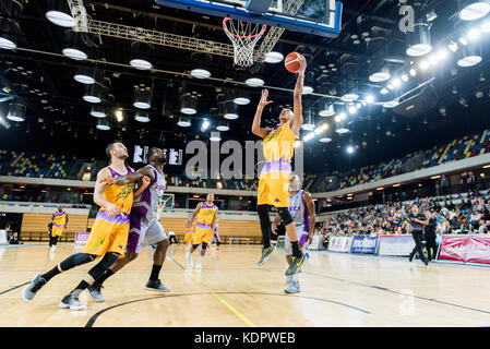London, UK. 15th Oct, 2017. BBL: London Lions vs Leeds Force at The Copper Box Arena London Lion's dominated the - Stock Photo