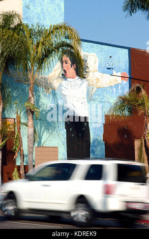 Los Angeles, 20/11/2009 - Los Angeles murals -  Michael Jackson mural, in Cahuenga Blvd. with Hollywood Blvd. - Stock Photo