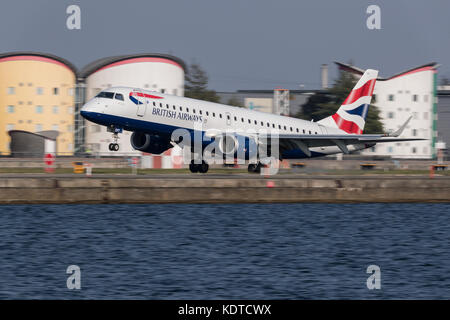 British Airways aircraft at london City Airport. - Stock Photo