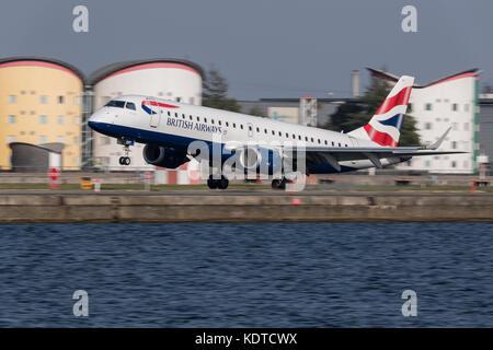 British Airways aircraft at london City Airport. - Stock Photo