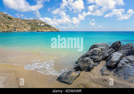 Super Paradise beach, popular beach south of Mykonos, Cyclades, Aegean, Greece, Europe - Stock Photo