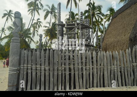 Tikis In Native Hawaiian House, Big Island, USA, EEUU. - Stock Photo
