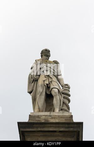 Statue of Admiral Collingwood (1748-1810) at Tynemouth. Admiral Collingwood led one of the two lines of ships which - Stock Photo
