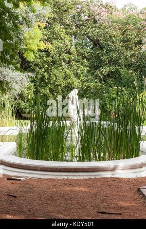 Garden sculpture, Botanical Garden, Palermo district, Buenos Aires ...