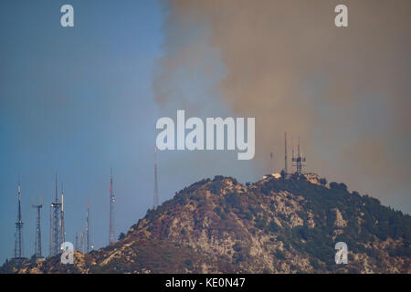 Los Angeles, California, USA. 17th Oct, 2017. Mt. Wilson fire Credit: Chon Kit Leong/Alamy Live News - Stock Photo