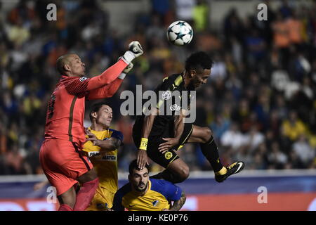 Nicosia, Cyprus. 17th Oct, 2017. Nicosia's goalkeeper Boy Waterman punches the ball clear during the Champions League - Stock Photo
