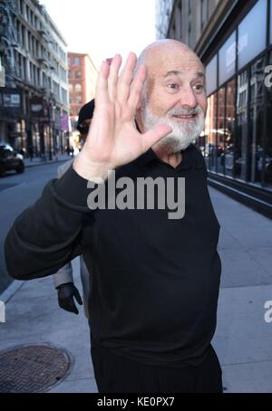 New York, NY, USA. 17th Oct, 2017. Rob Reiner, seen at AOL BUILD to promote his new film LBJ out and about for Celebrity Candids - TUE, New York, NY October 17, 2017. Credit: Derek Storm/Everett Collection/Alamy Live News