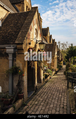 Dent Almshouses, Abbey Terrace,  a Row of Cottages in the Saxon town of Winchcombe, Gloucestershire, England, UK - Stock Photo