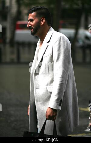 Street Style London Fashion Week Mens Spring Summer 2017 : 13th June September London Uk - Stock Photo