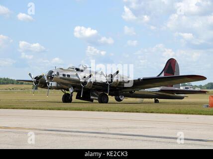 World War II era Flying Fortress bomber - Stock Photo