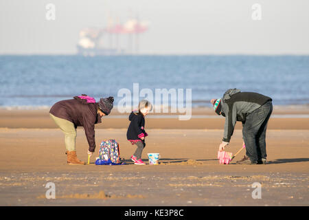 Southport, Merseyside, Sunny in Southport. 18th October 2017. UK Weather.  Calm after the storm as a beautiful sunny - Stock Photo