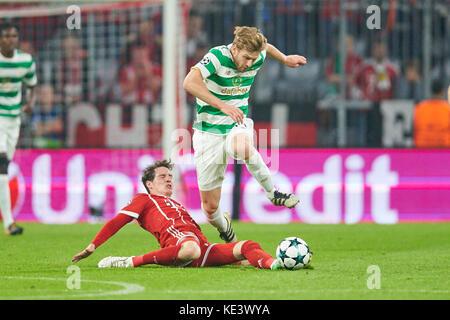 Munich, Germany. 18th Oct, 2017. FC Bayern Munich Soccer, Munich, October 18, 2017 Sebastian RUDY, FCB 19 compete - Stock Photo