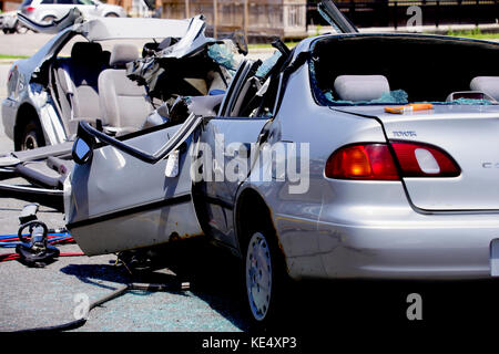 Montreal, Canada,14 June, 2017.Head-on collision between two import automobiles.Credit:Mario Beauregard/Alamy Live - Stock Photo