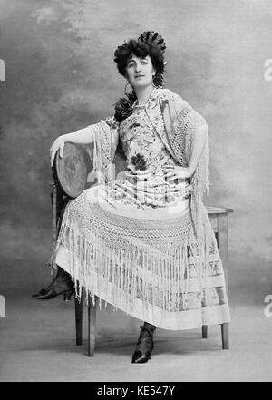 Jeanne Marie de L'isle as Carmen Jeanne Marie de L'isle as Carmen, in 'Carmen', the opera by Georges Bizet with - Stock Photo