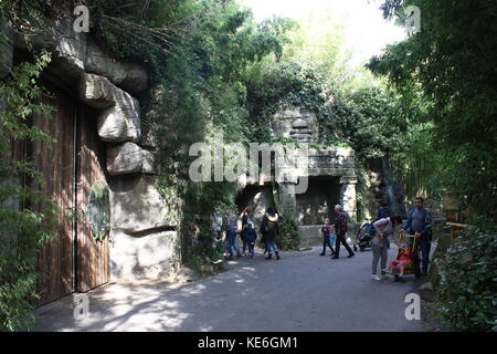 People visiting Rotterdam Blijdorp  zoo, The Netherlands. Taman Indah, enclosure for Elephants and Asian rhinos. - Stock Photo