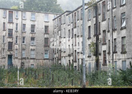 Poor Council Housing Flats For Rent and Sale Port Glasgow - Stock Photo