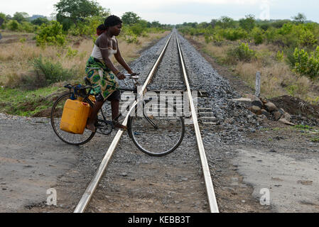 MOZAMBIQUE, Moatize, Cateme, this resettlement was constructed by brazil coal company VALE as compensation for relocated - Stock Photo
