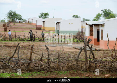 MOZAMBIQUE, Moatize, Mwaladzi, this resettlement was constructed by brazil coal company Rio Tinto as compensation - Stock Photo