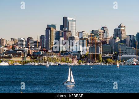 Lake Union and downtown skyline behind, Seattle, Washington, USA - Stock Photo
