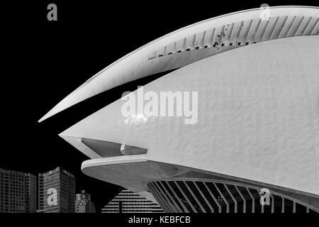 The Palau de les Arts Reina Sofia opera house in Valencia - Stock Photo