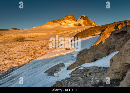 Monte Tronador massif over Castano Overa Glacier, near Refugio Otto Meiling at sunrise, Nahuel Huapi Nat. Park, - Stock Photo