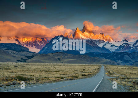 Cerro Fitz Roy range at sunrise, Andes Mountains, Los Glaciares National Park, road to El Chalten, Patagonia, Argentina