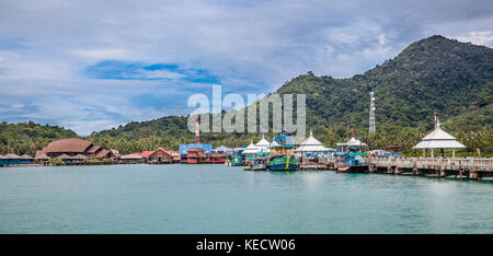 Thailand, Trat Province, Koh Chang Island in the Gulf of Thailand, Bangbao fishing village and pier - Stock Photo