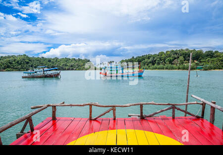 Thailand, Trat Province, Koh Chang Island in the Gulf of Thailand, fishing boat at Bangbao Bay - Stock Photo