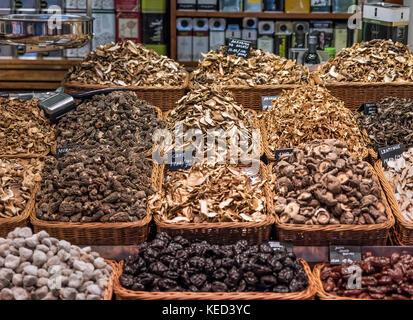 Mushroom vendor at the Mercat de Sant Josep de la Boqueria, Barcelona, Spain. - Stock Photo