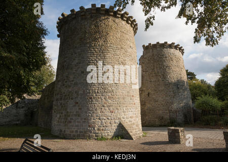 Twin towered, medieval gate, entrance to the old city, St Valery sur Somme - Stock Photo